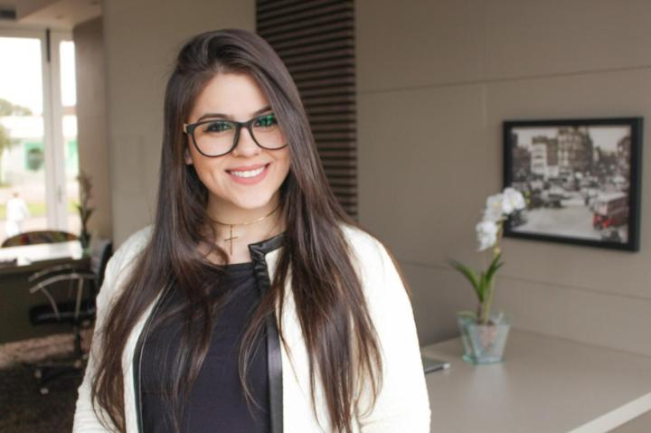 Maria Carolina Avis - tutora Marketing Digital